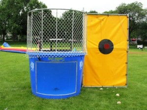 Dunk-Tank-Deluxe-433x325
